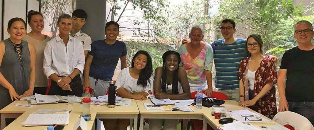 estudiantes del examen de nacionalidad española