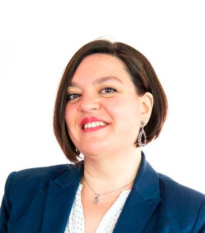 Abogada extranjería Esther Zacarías